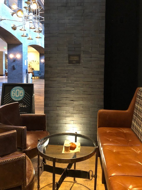 Muffin & Coffee at Café 605
