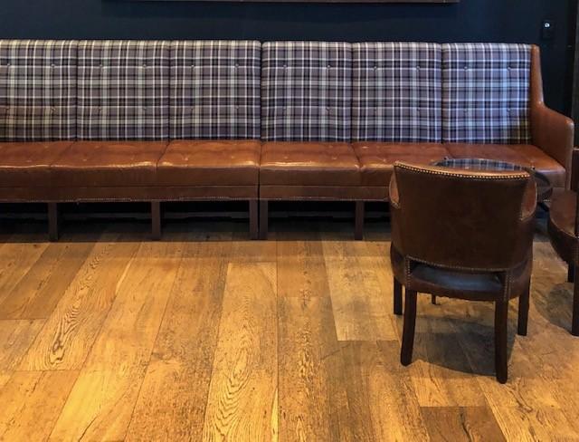 Café 605 Seating
