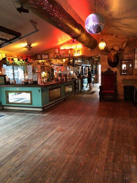 Inside Lustre Pearl Bar